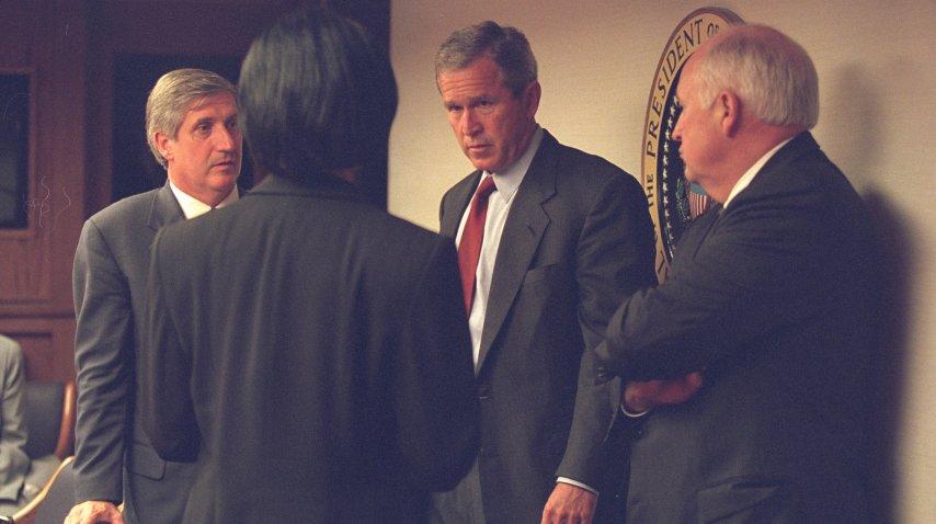 George W. Bush se reunió Cheney y la entonces asesora de Seguridad Condoleeza Rice<br>