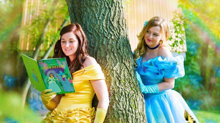 Ellas decidieron ser princesas de Disney para su boda<br>