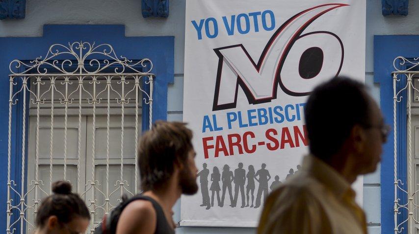 Los colombianos van a las urnas por el acuerdo con las FARC<br>