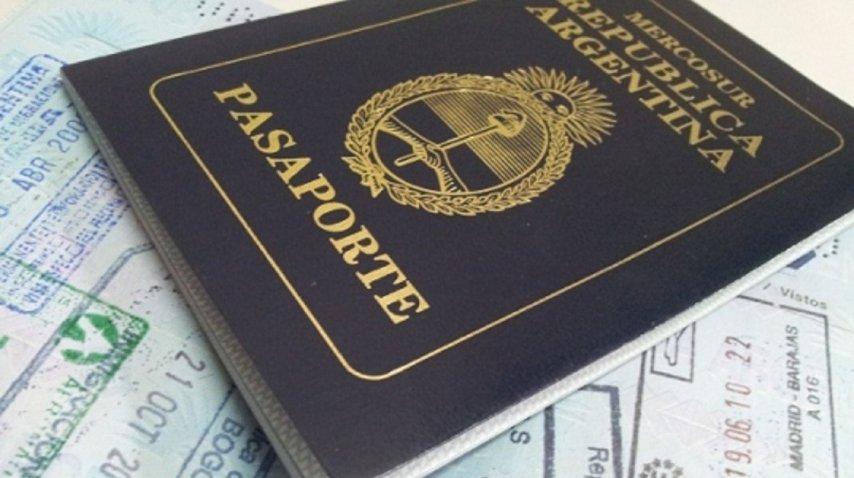 pasaporte argentino. Imagen de archivo