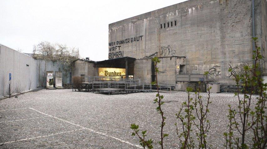 <p>Réplica del búnker en el que murió Hitler en Berlín</p><p></p>