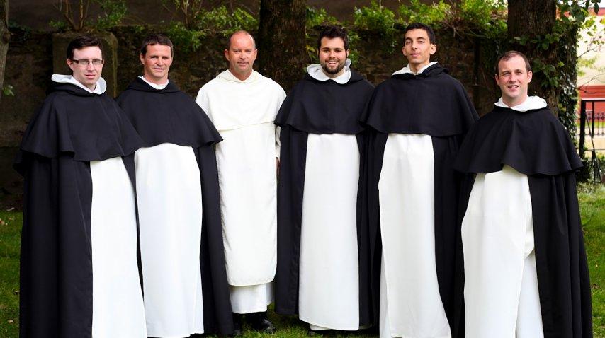 El jugador Philip Mulryne recibió la llamada de la Iglesia cuando colgó los botines en 2008<br><br>