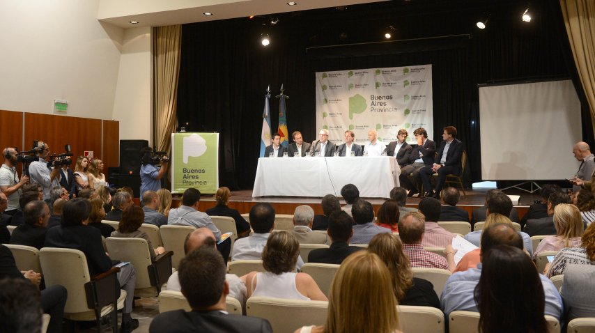En representación del gobierno de Vidal además de Salvai estuvo el ministro de Hacienda, Hernán Lacunza<br>