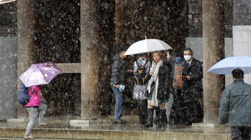 Nevó en Tokio luego de 54 años
