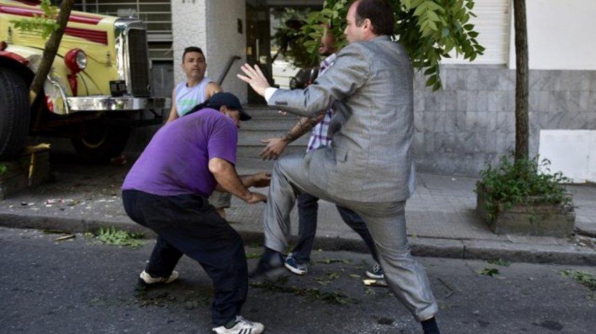 Dos hombres protagonizaron una discusión de tránsito
