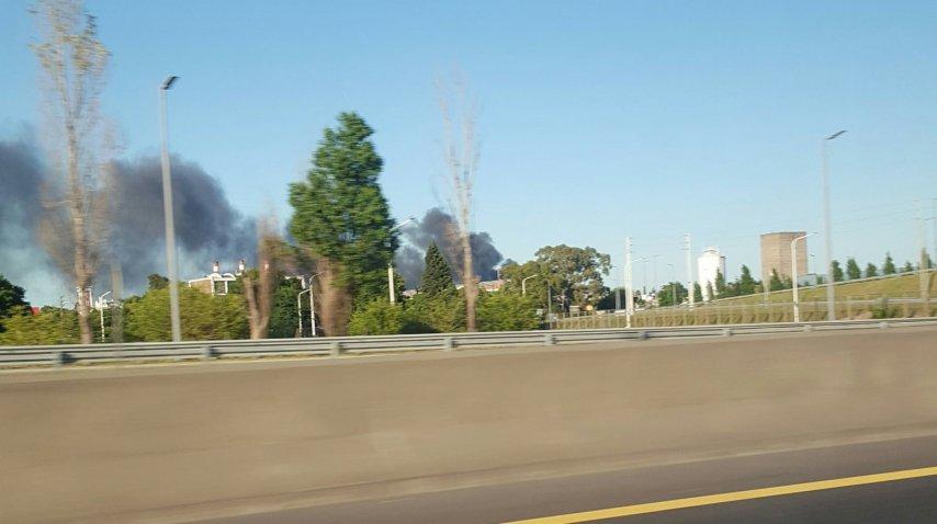 El incendio se puede ver desde distintos puntos<br>