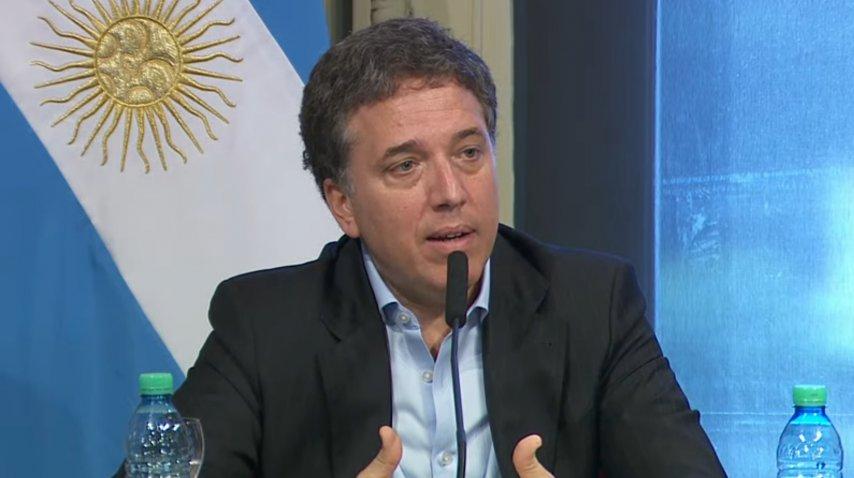 El nuevo ministro Dujovne, en conferencia<br>