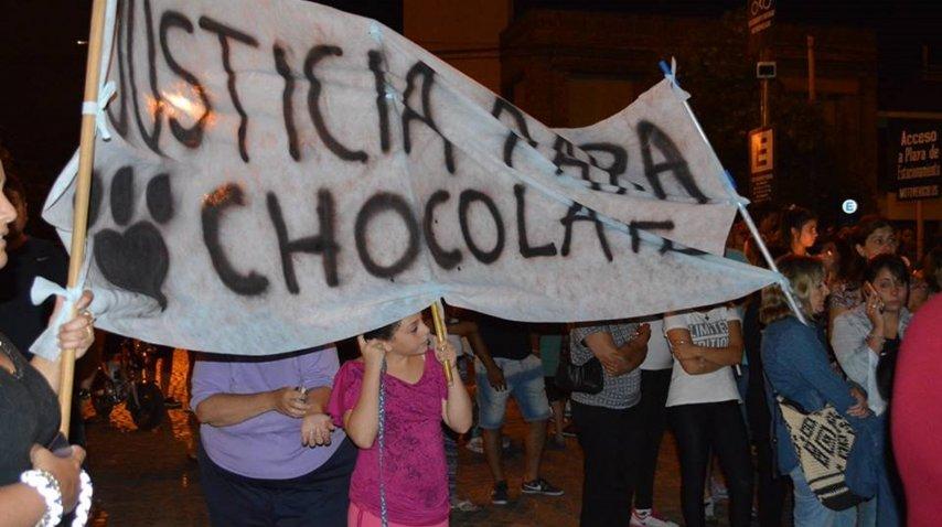 Vecinos marchar para pedir justicia por chocolate