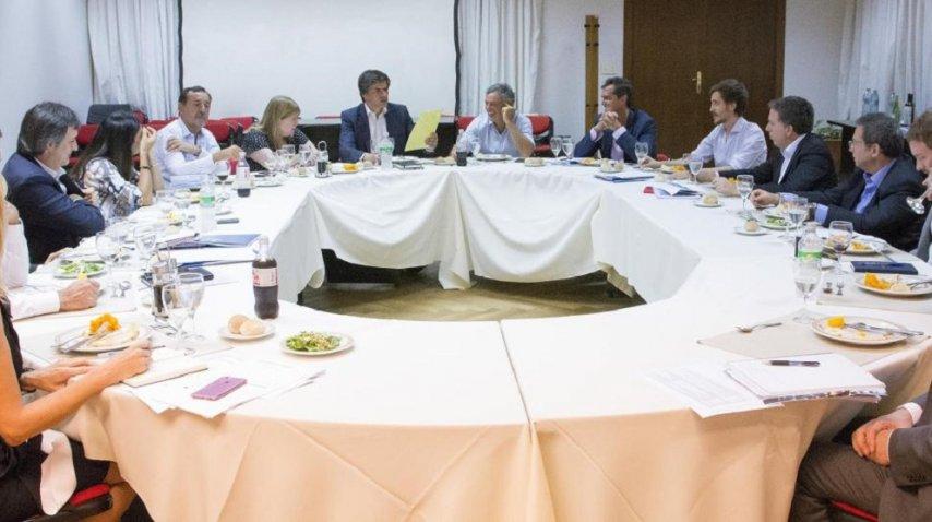 Reunión de los ministros que viajan a Davos<br>