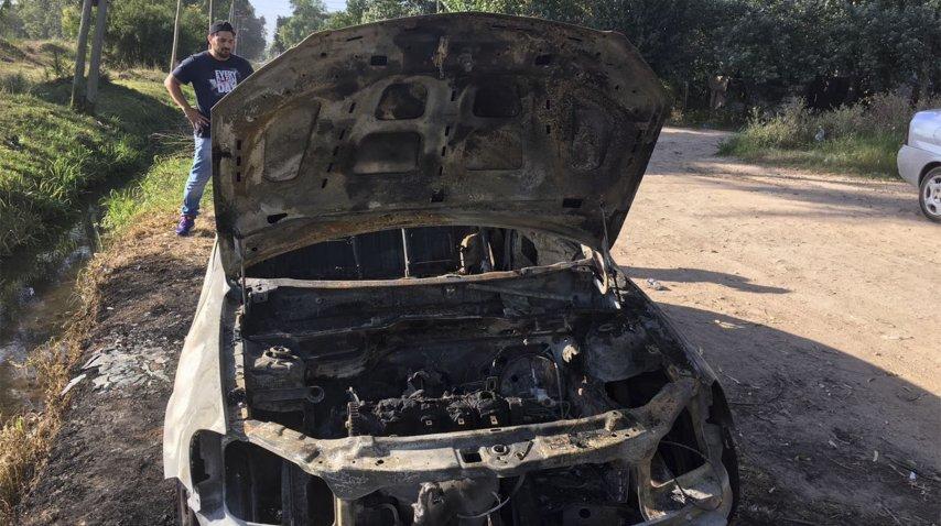 El auto del empresario Roberto Fernández Monte