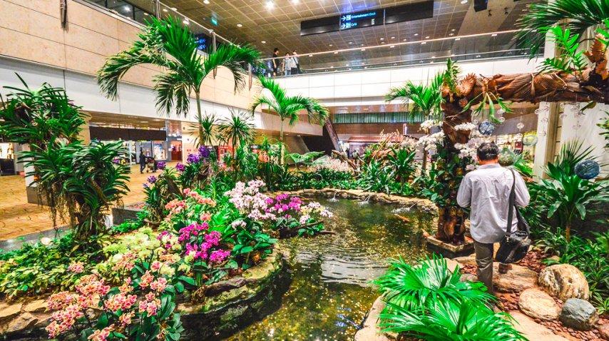 Este es el lujoso aeropuerto internacional de singapur