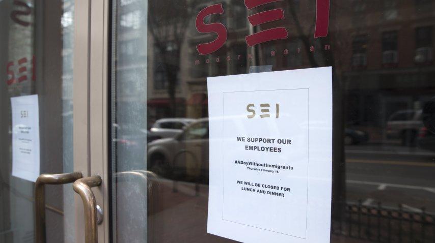 El restaurante asiático Sei se sumó a la protesta<br>