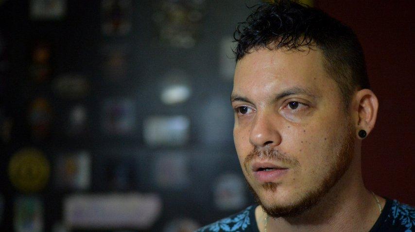 Juan José Herrera, hijo de Ismael Enrique Arciniegas,