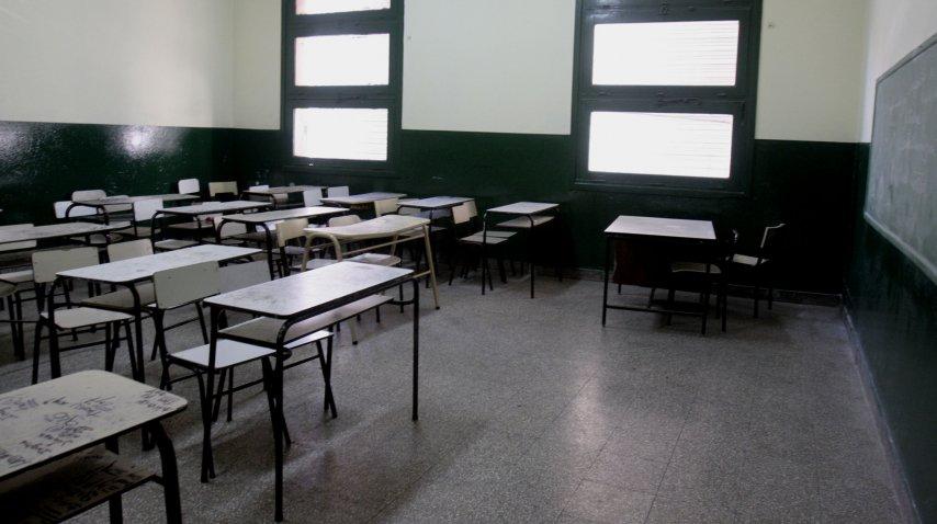 Aulas vacías en gran parte del país por el paro docente