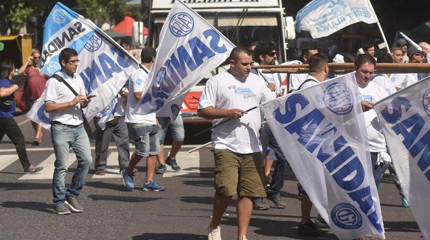 Llegan las columnas sindicales al centro porteño<br>