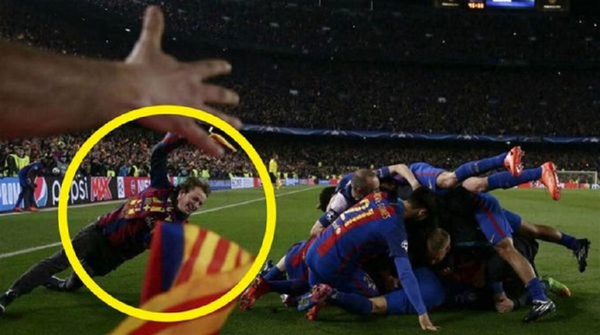 El hijo de Emilio Monzó, en la montaña de jugadores del Barcelona<br>