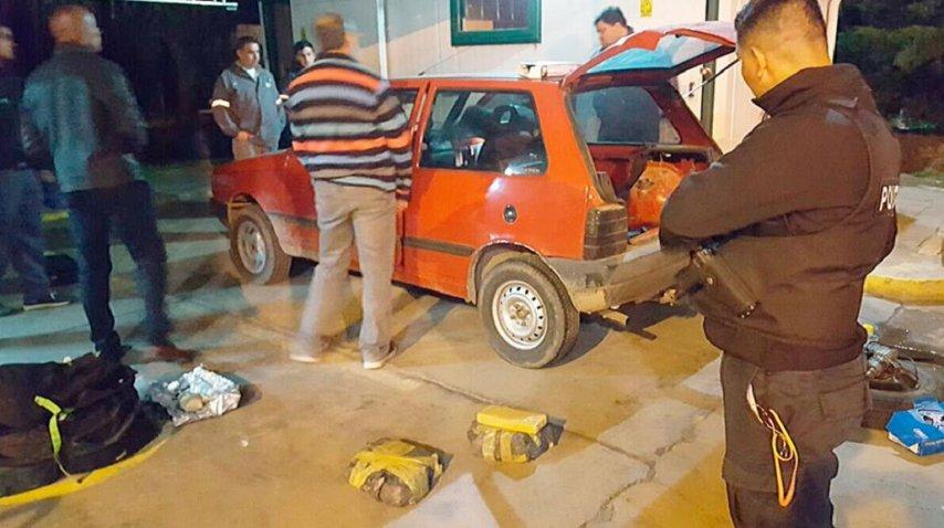 <p class=&quot;MsoNormal&quot;>Secuestraron 117 panes de marihuana - Crédito:&amp;nbsp;El Diario de La Pampa<o:p></o:p></p>