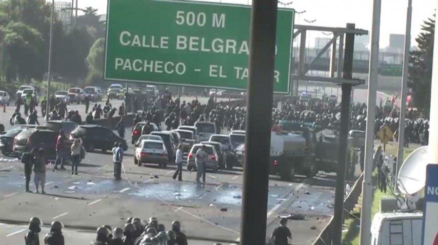 Represión de la Gendarmería en la Panamericana