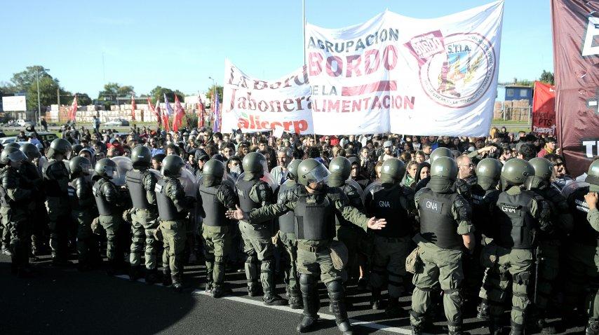 La represión de Gendarmería en Panamericana y 197<br>