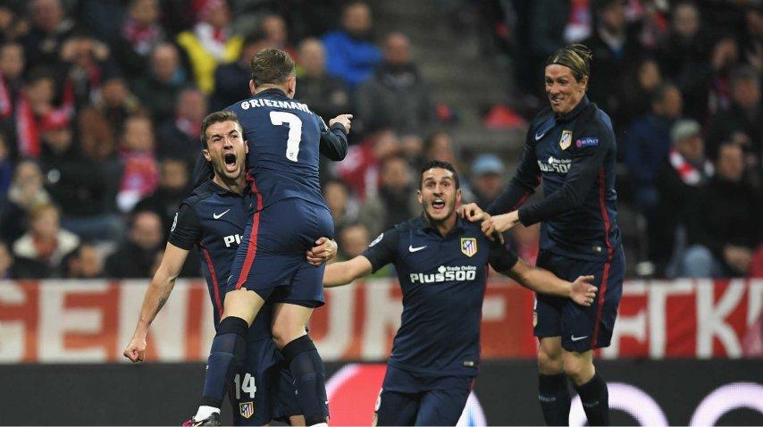 El festejo de Griezmann con sus compañeros del Atlético Madrid<br>