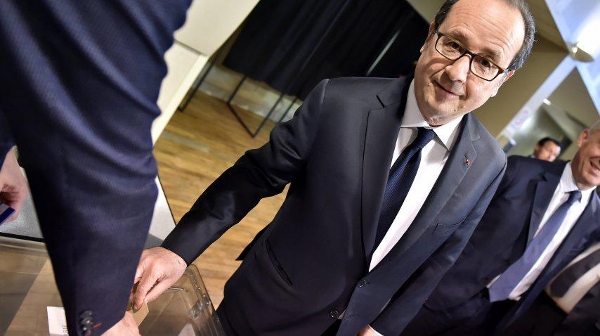Francois Hollande ya votó<br>