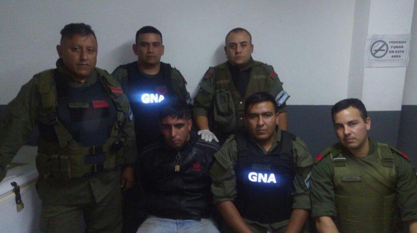 Dario Badaracco al ser detenido por Gendarmería Nacional<br>