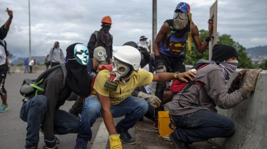 Opositores protestan en Venezuela contra Nicolás Maduro<br>