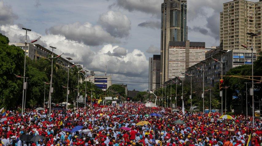 Manifestación de chavistas por el Día del Trabajador<br>