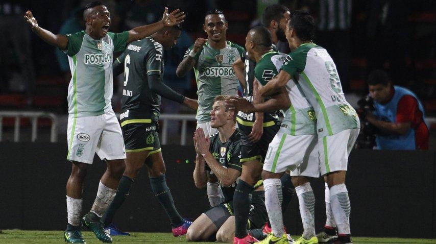 &amp;nbsp;Andrés Ibarguen de Atlético Nacional celebra después de anotar su gol<br>