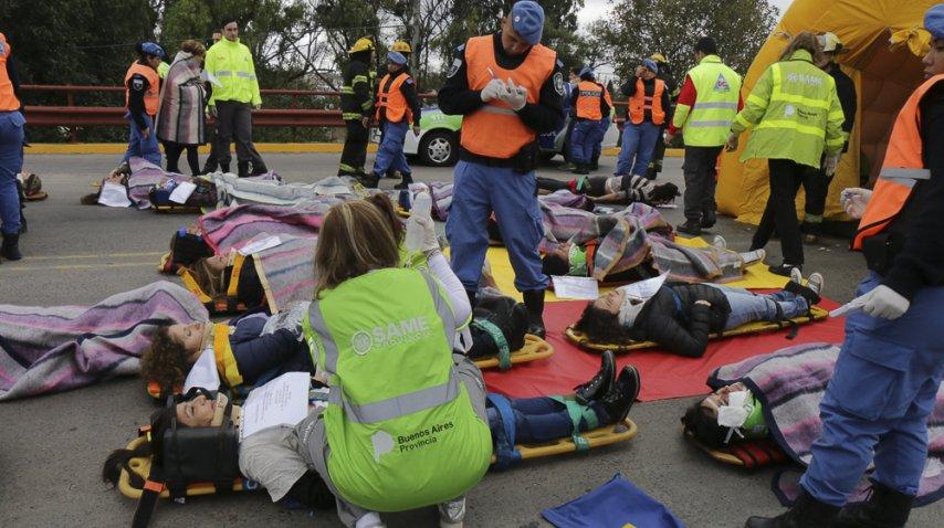 <p>El Same de Lanús realizó un éxito simulacro de accidente múltiple</p><p></p>