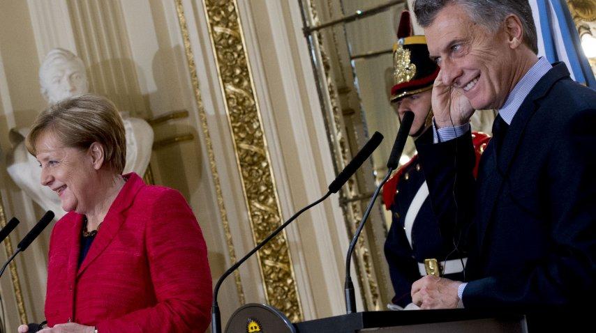 El presidente Mauricio Macri y la canciller de Alemania, Angela Merkel, ofrecieron una conferencia de prensa en el Salón Blanco de la Casa Rosada.