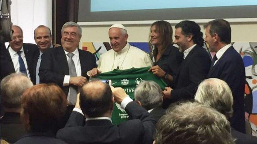 El papa Francisco le agradeció a Caniggia su gol a Brasil en Italia '90<br>