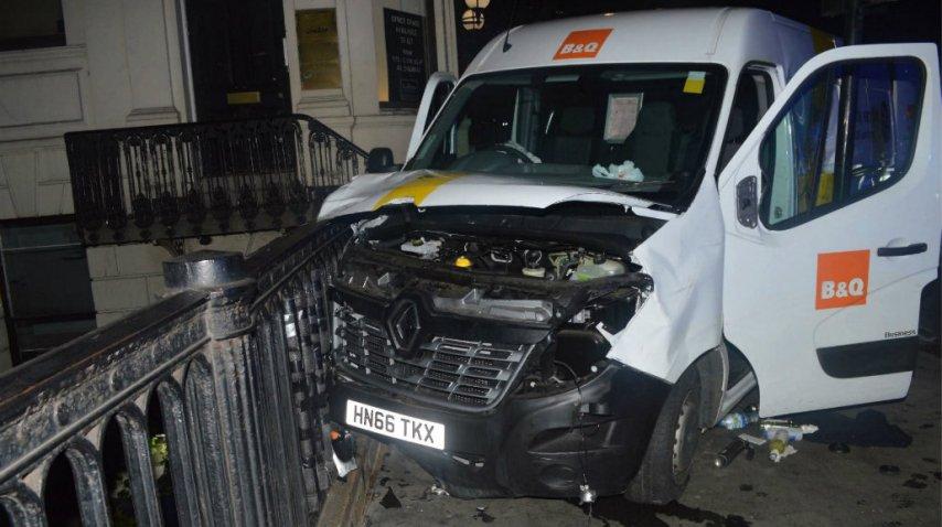 La camioneta que finalmente alquilaron los terroristas para su ataque<br>