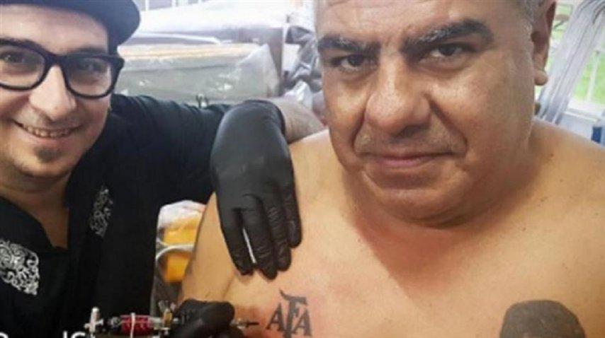 Chiqui Tapia se tatuó el logo de la AFA<br>