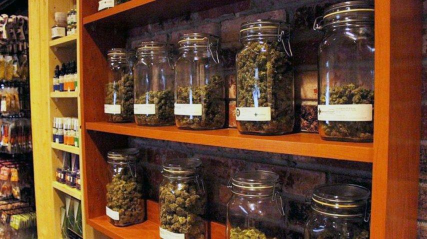 comienza la venta de marihuana en farmacias