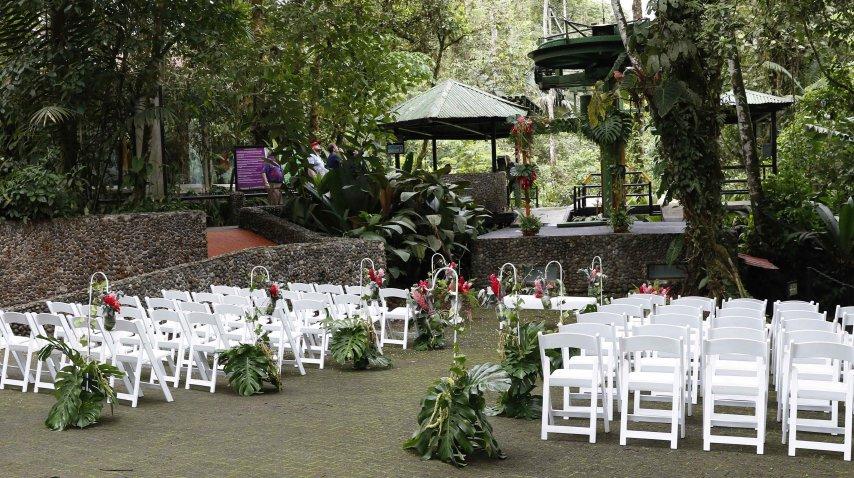 Una ceremonia rústica y a la vez elegante<br>