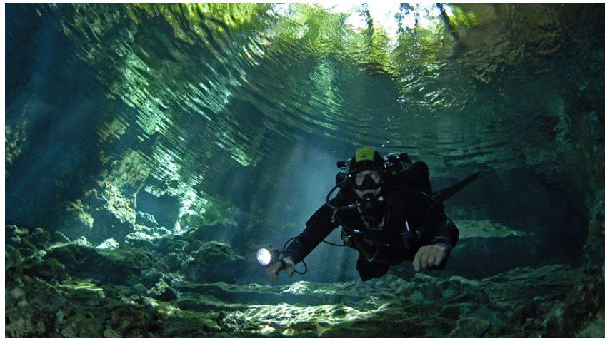 Cenote Tajma ha se encuentra a 25 kilómetros de playa del Carmén<br>
